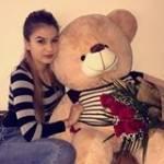 Yasmine Chauveau Profile Picture