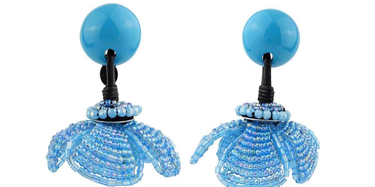 What Makes Handmade Statement Earrings So Popular?